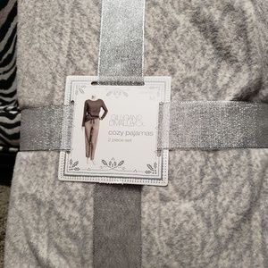 Gillian and O'Malley Comfy Pajama Set Grey Medium